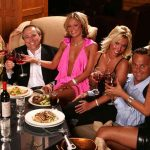 Four Important Things to Remember When Eating and Drinking at Strip Clubs